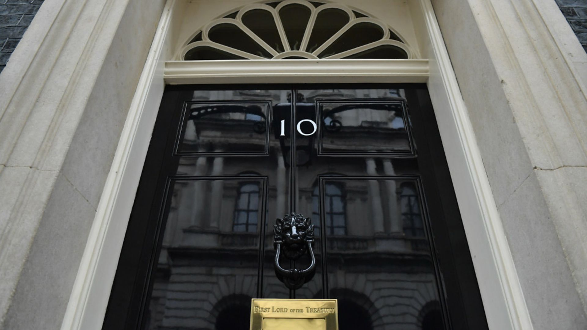 Downing Street has dismissed calls to ban alcohol sales after 9pm - Credit: PA