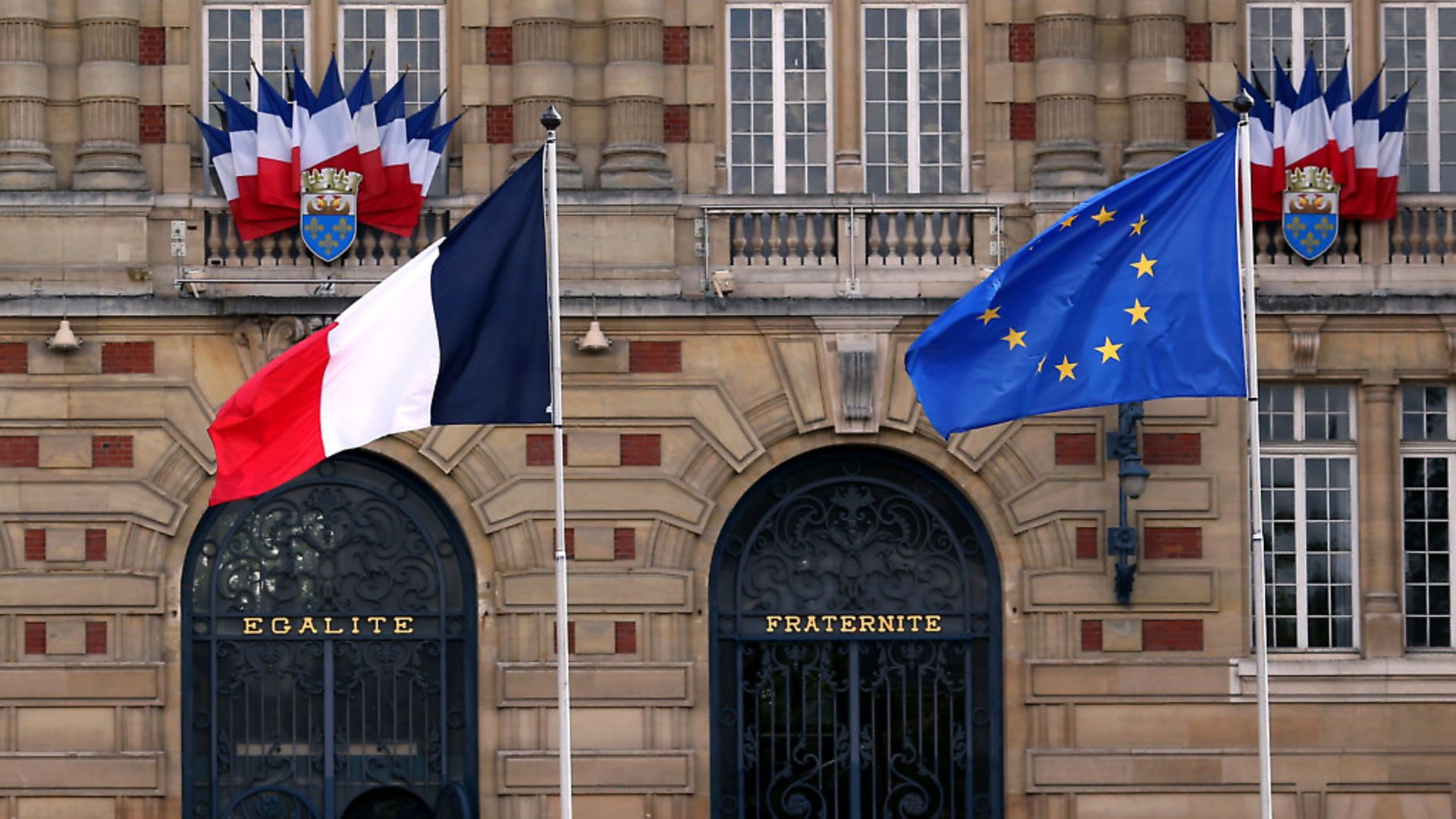 The French and EU flag. Photograph: Chris Radburn/PA Images. - Credit: PA Archive/PA Images