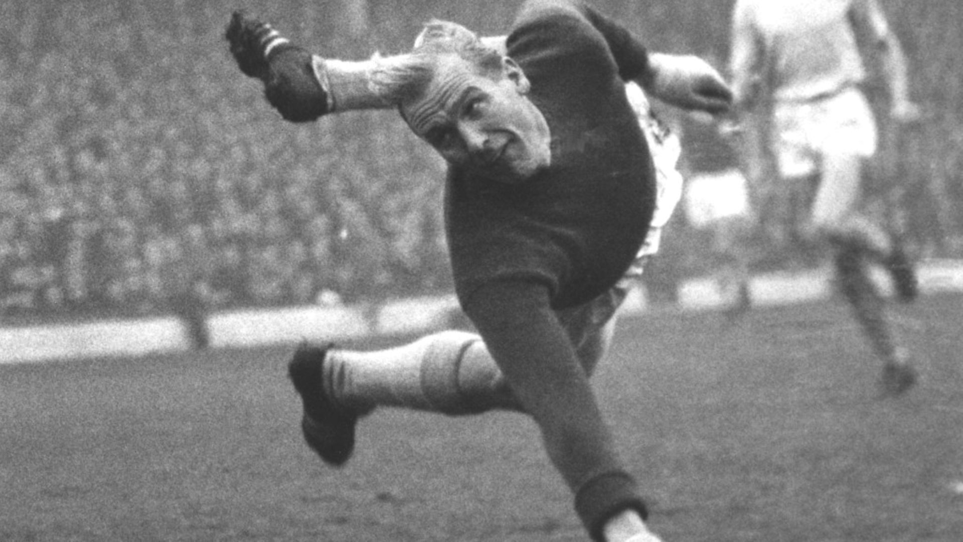 Manchester City goalkeeper and former German paratrooper Bert Trautmann in action against Arsenal in 1950. Picture: Getty Images - Credit: Archant