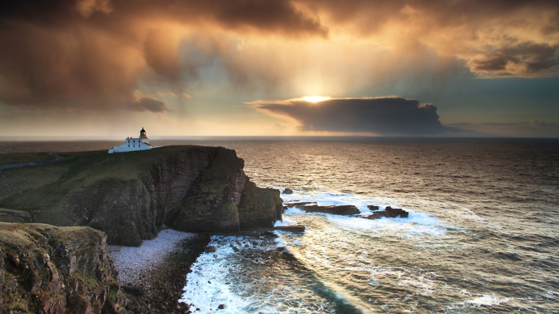 Minch Point, Stoer, Scotland. Photo: Angus Clyne - Credit: Getty Images