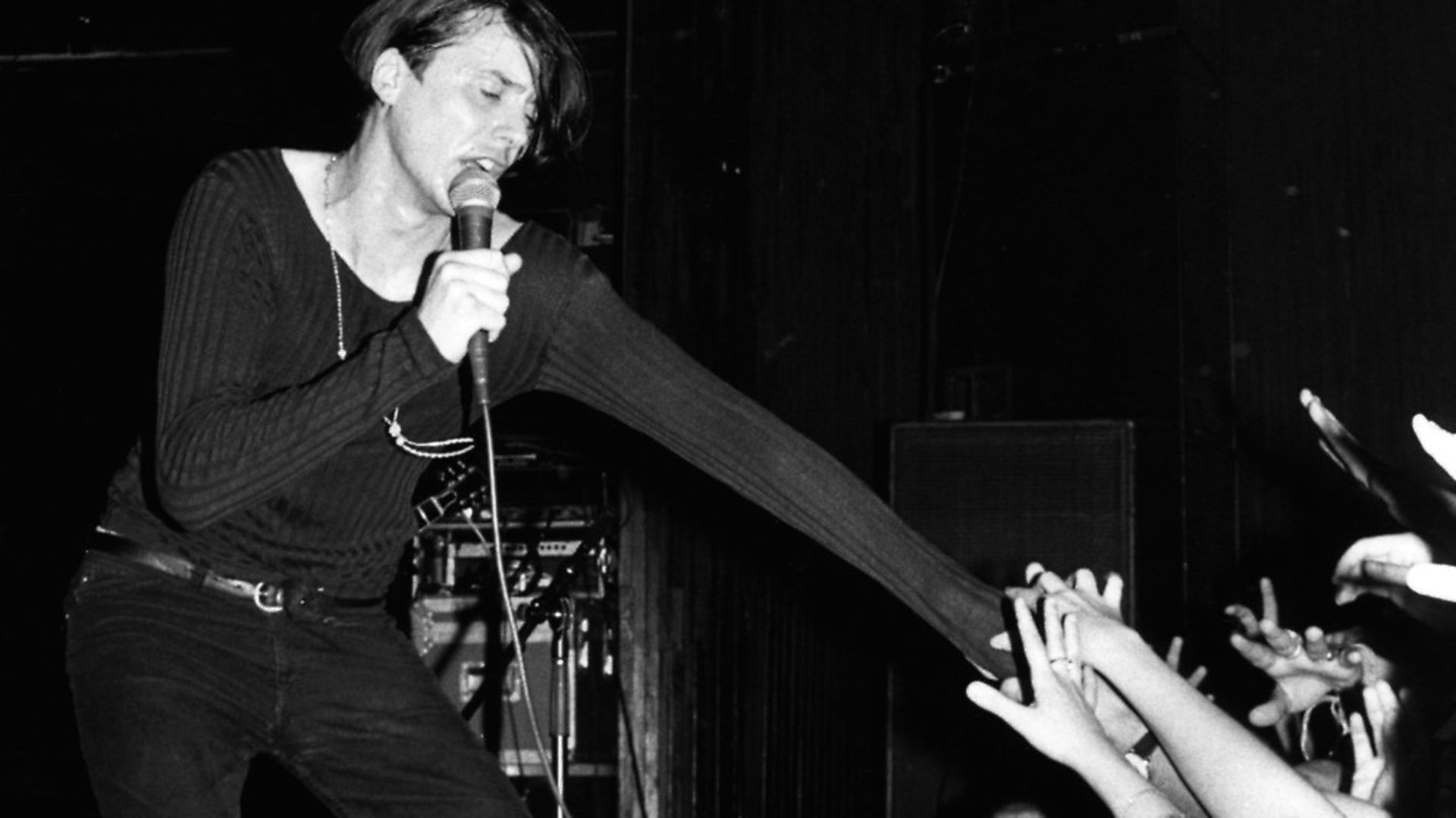 UNITED STATES - DECEMBER 15:  Photo of Brett ANDERSON and SUEDE; Brett Anderson  (Photo by Ebet Roberts/Redferns) - Credit: Redferns