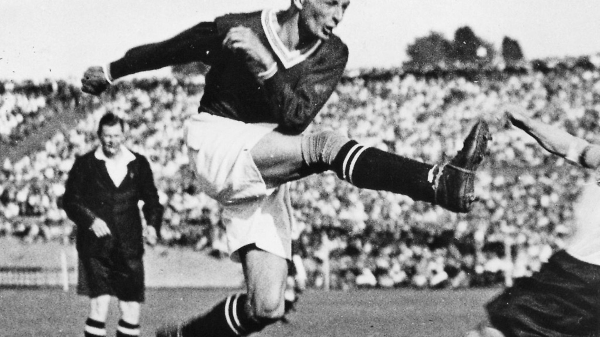 Wunderteam: Matthias Sindelar in action in Austria's 6-0 victory over Germany in Berlin in 1931. Photo: ullstein bild via Getty Images - Credit: ullstein bild via Getty Images