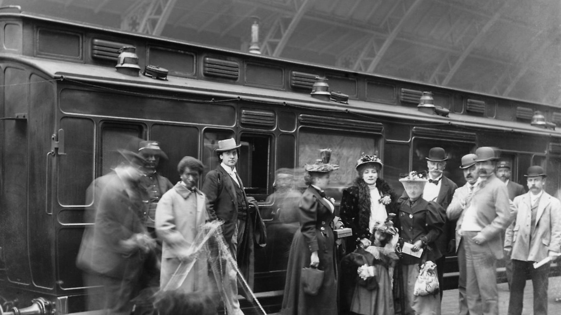Sarah Bernhardt and her entourage arriving at St Pancras station, in London, 28 July 1894.. Photo: SSPL/Getty Images - Credit: SSPL via Getty Images