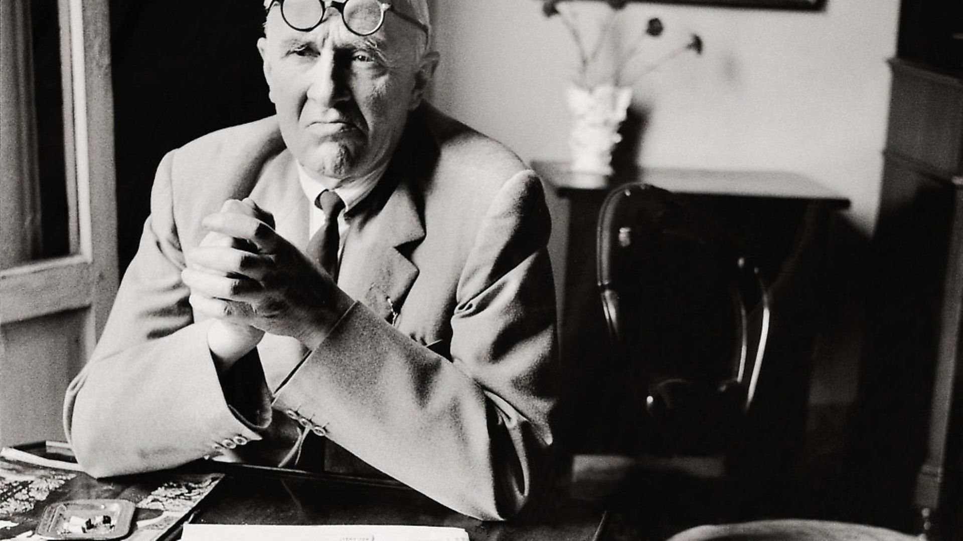 Painter Giorgio Morandi in his flat in Bologna. Photography. 1958.  Photo by Imagno/Getty Images - Credit: Getty Images