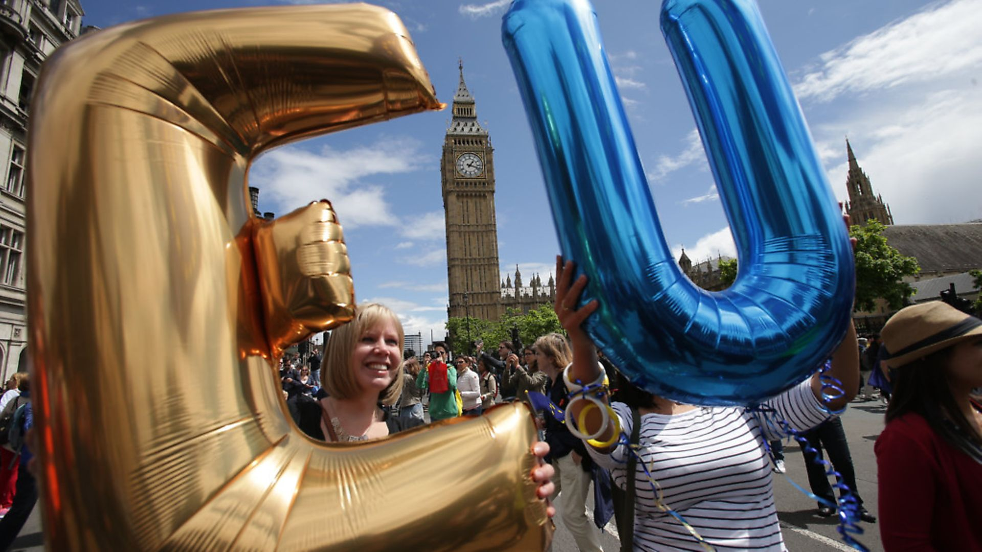 Remain supporters demonstrate in Parliament Square. (Daniel Leal-Olivas/PA). - Credit: PA Archive/PA Images