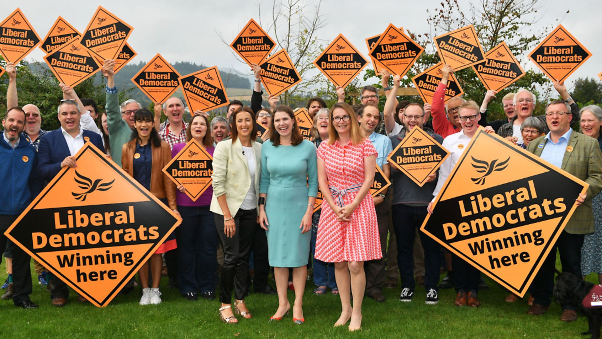 (Left to right) Welsh Liberal Democrat leader Jane Dodds, newly-elected Liberal Democrat leader Jo Swinson and Kirsty Williams AM at the Castle Hotel in Brecon, Wales. Photograph: Ben Birchall/PA Wire. - Credit: PA