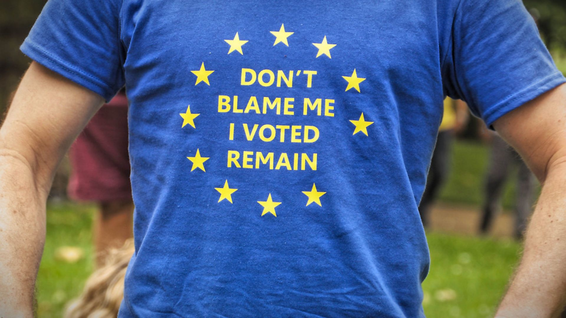 Pro-European Union supporters and pro-Brexit supporters hold up placards during a demonstration against Brexit in Green Park in London on July 9, 2016. The British government on Saturday formally rejected a petition signed by more than 4.125 million people calling for a second referendum on Britain's membership of the EU.   (Photo by Gail Orenstein/NurPhoto via Getty Images) - Credit: NurPhoto via Getty Images