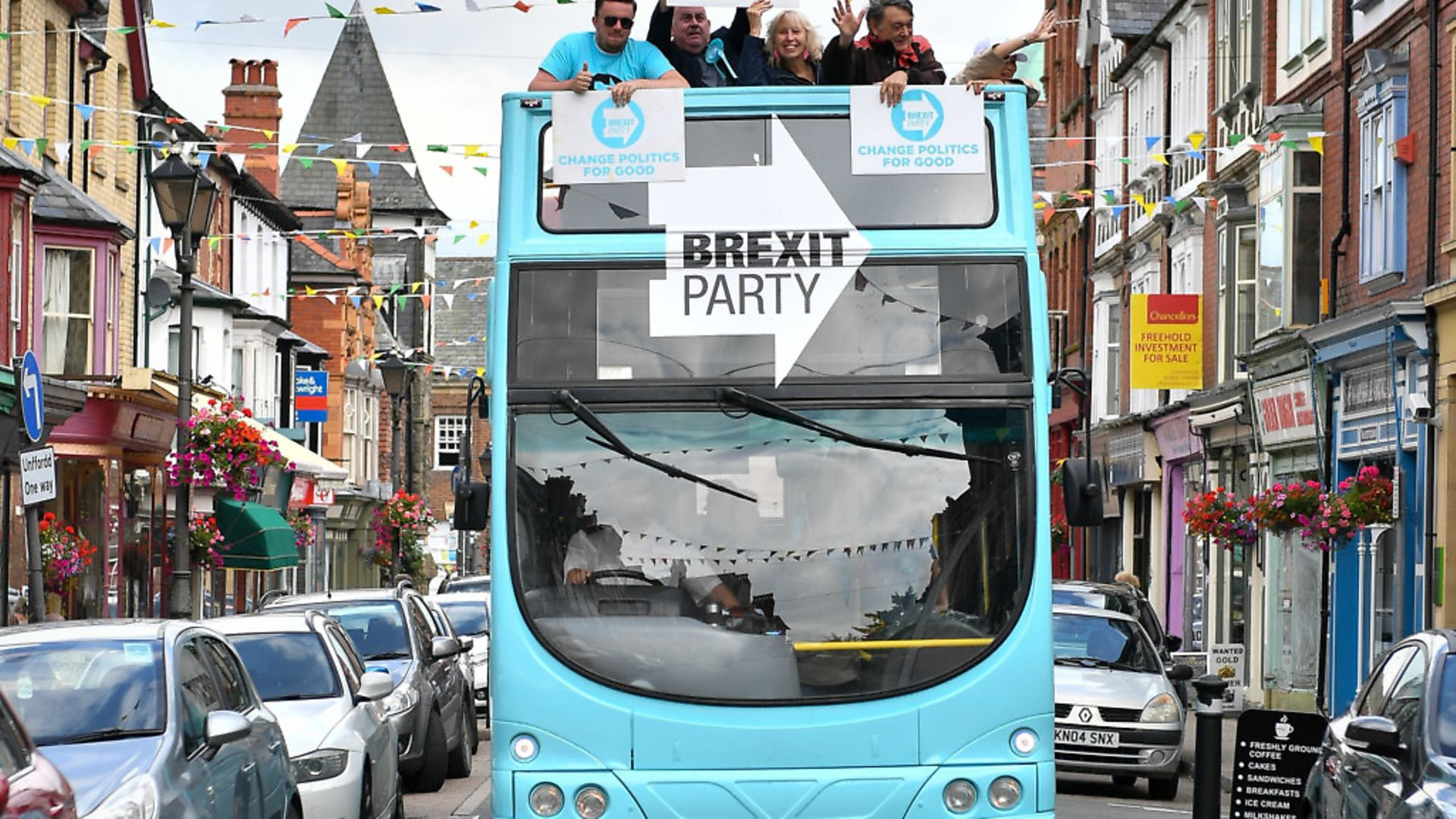 The Brexit Party bus. Photograph: Ben Birchall/PA. - Credit: PA Wire/PA Images
