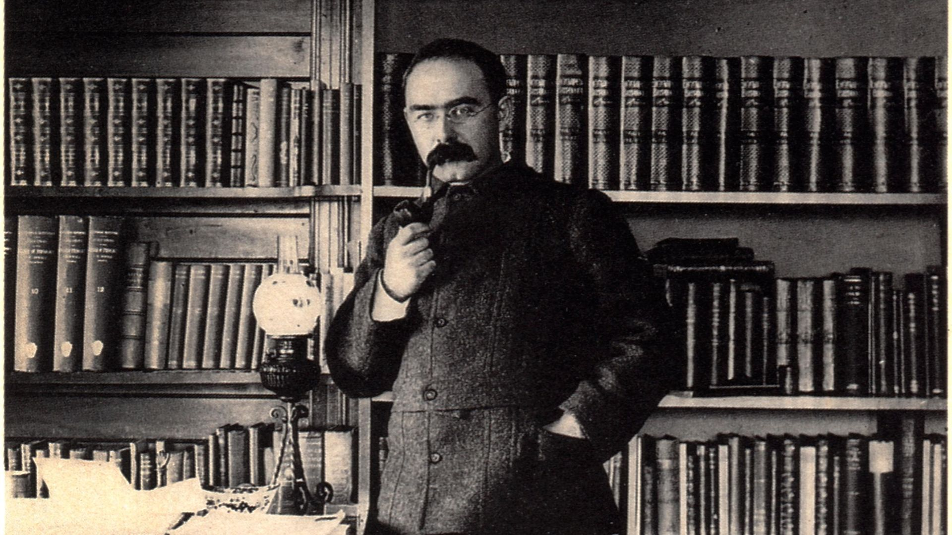 Rudyard Kipling (1865-1936) at home, circa 1895 - Credit: Universal Images Group via Getty
