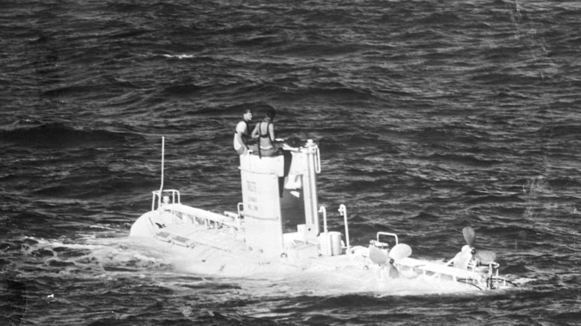 The US Navy's bathyscaphe Trieste rides on the surface of the Pacific Ocean near here, Nov. 17th, after descending to a record depth of 18,600 feet in the Marianas Trench. Credit: Bettmann Archive