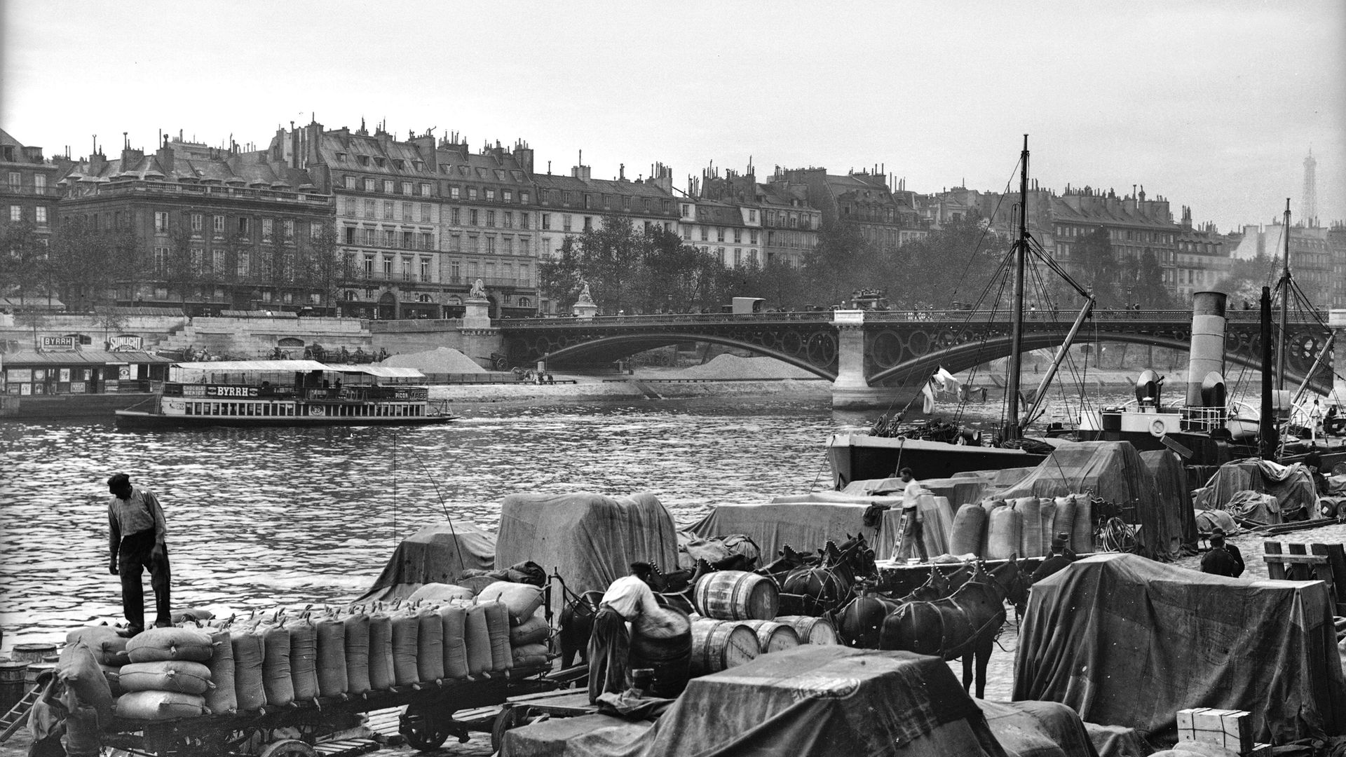 A photograph from around 1890 showing the stretch of the Seine where the body of the unidentified woman was recovered from the water - Credit: Roger Viollet via Getty Images