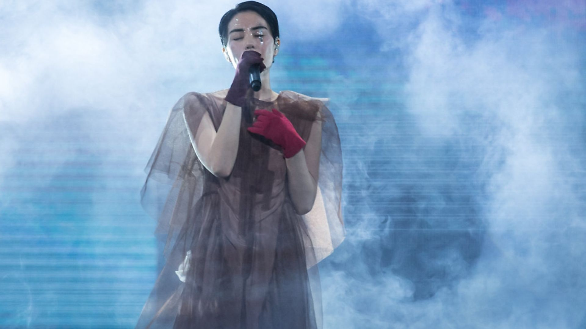 """Singer Faye Wong performs onstage during her concert """"Faye's Moments Live 2016"""" at Shanghai. Photo: Getty Images - Credit: Visual China Group via Getty Ima"""