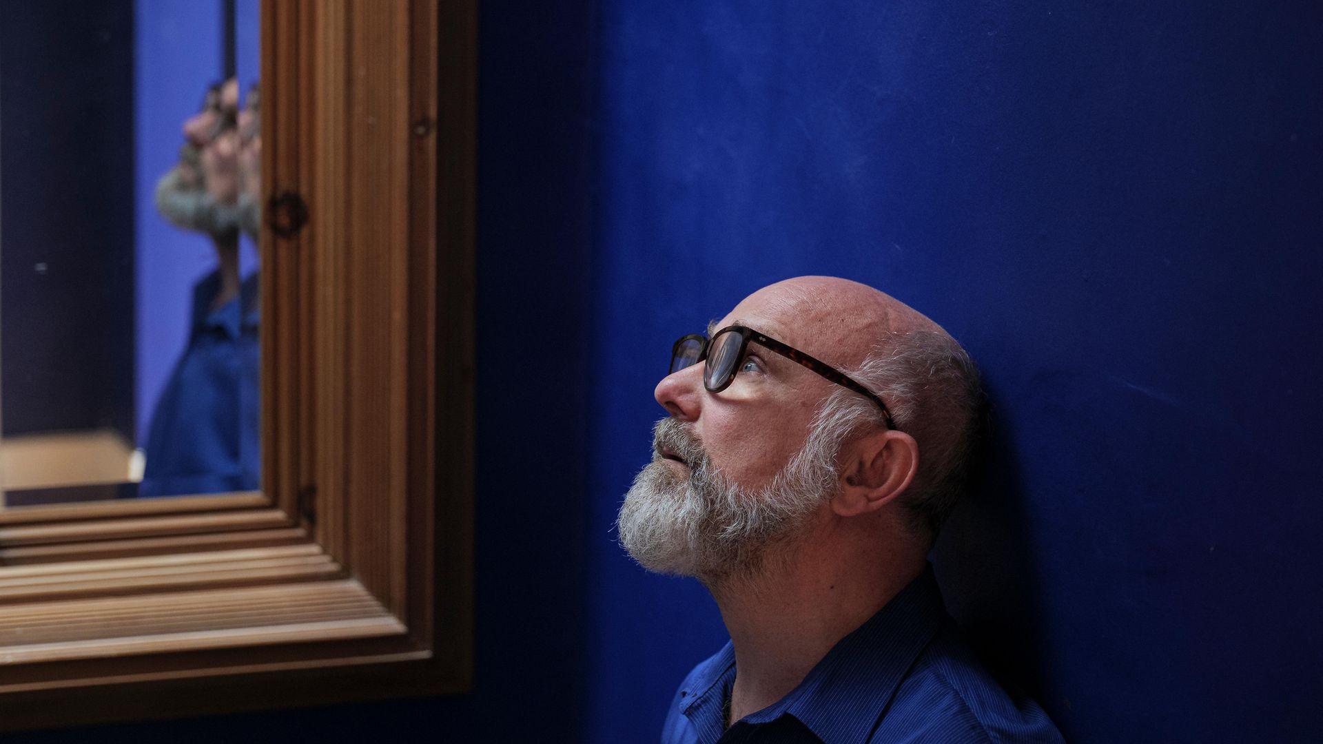 Stephen Unwin (theatre and opera director, writer and teacher) at home - Credit: Edmond Terakopian