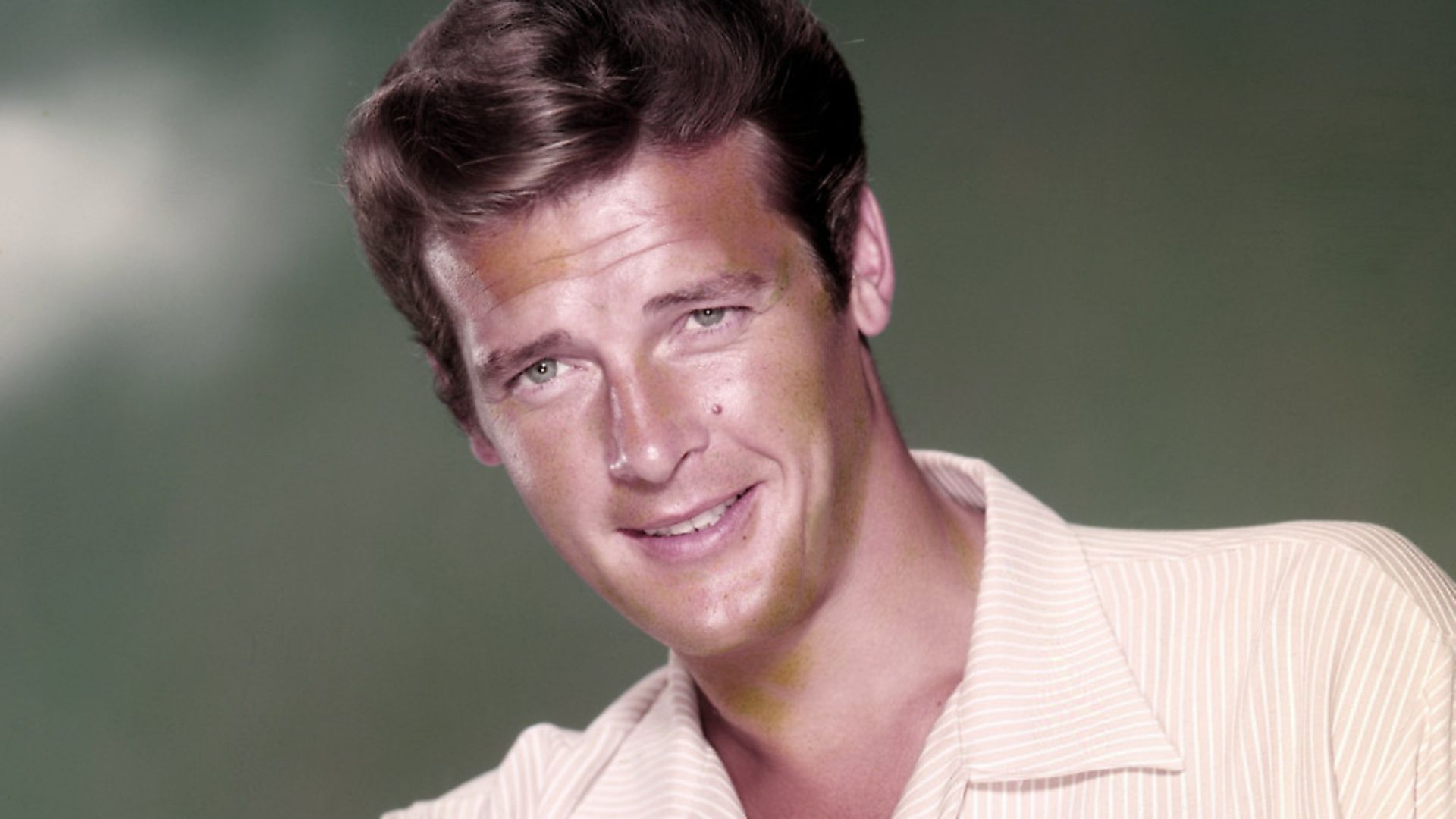 English actor Roger Moore, circa 1958. (Photo by Silver Screen Collection/Getty Images) - Credit: Getty Images