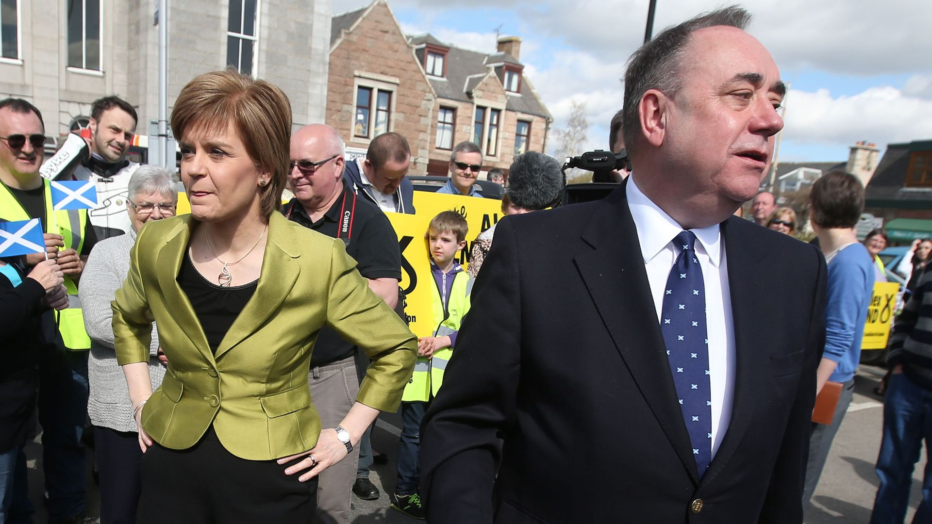 Nicola Sturgeon and Alex Salmond campaigning for the SNP in 2015 - Credit: PA