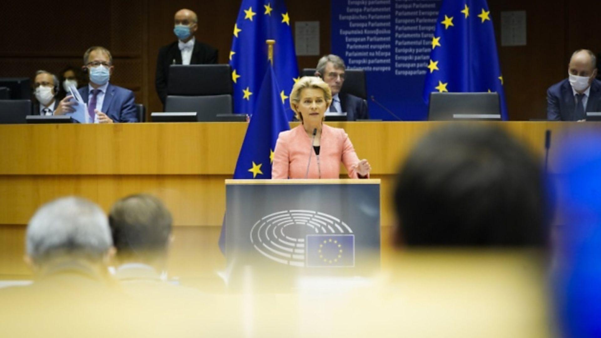 Ursula von der Leyen addresses MEPs. Photograph: Daina LE LARDIC/European Parliament.