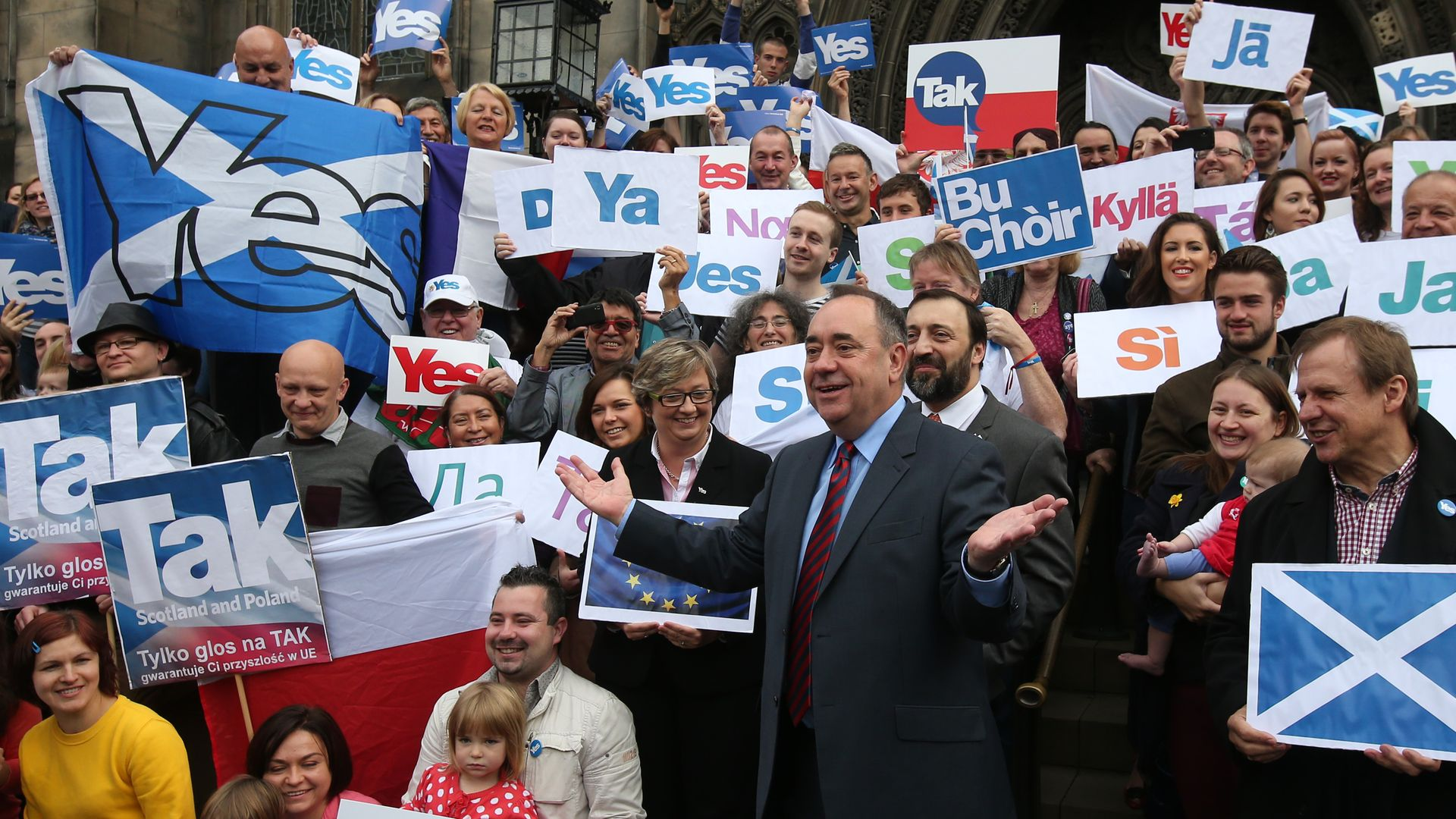 Alex Salmond meets with Scots and other European citizens to discuss Scotland's continued EU membership with a Yes vote - Credit: PA