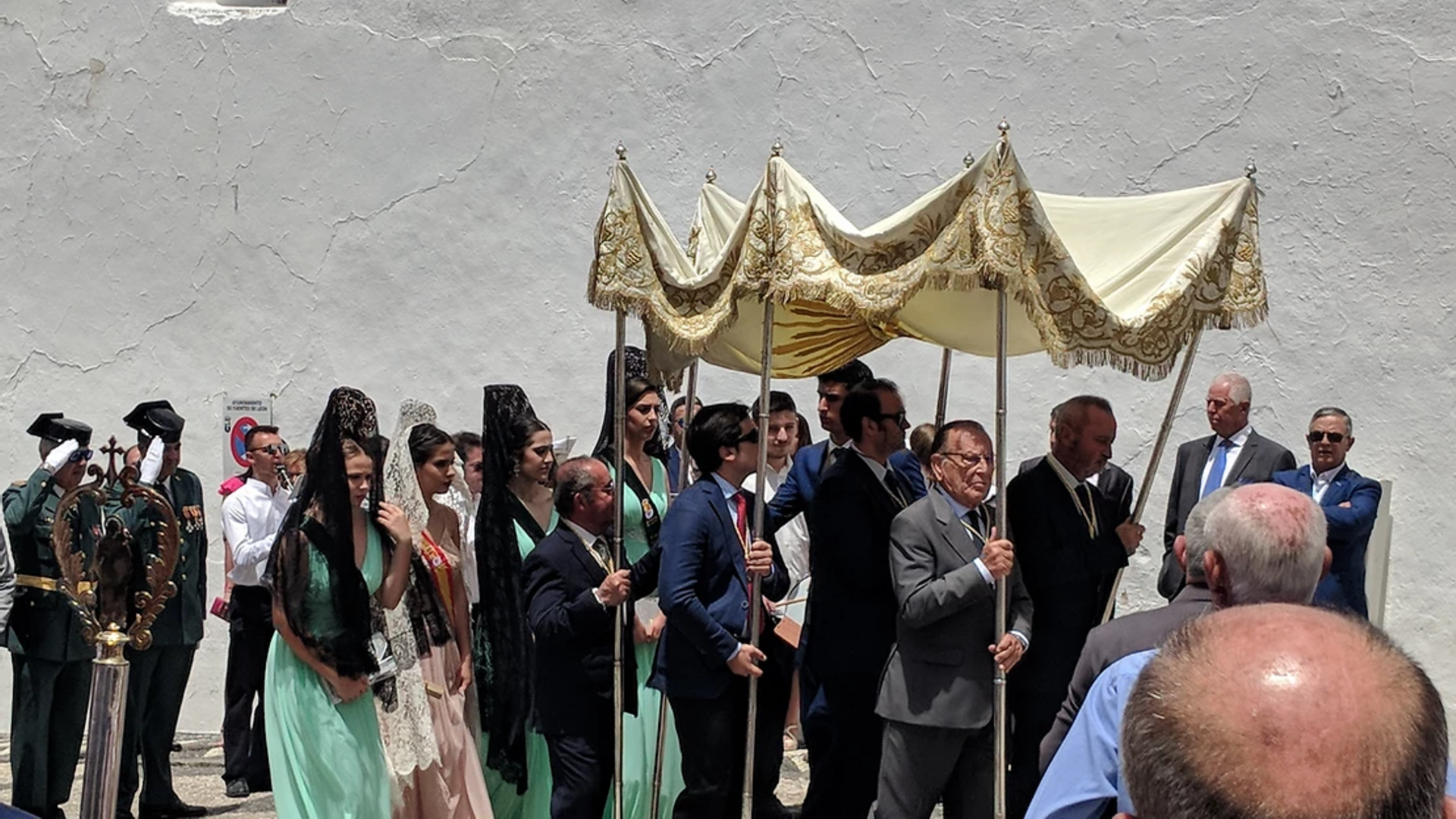 Locals taking part in Fuentes de León's Corpus Christi parade in 2019 - the last held before Covid - Credit: Peter Barron