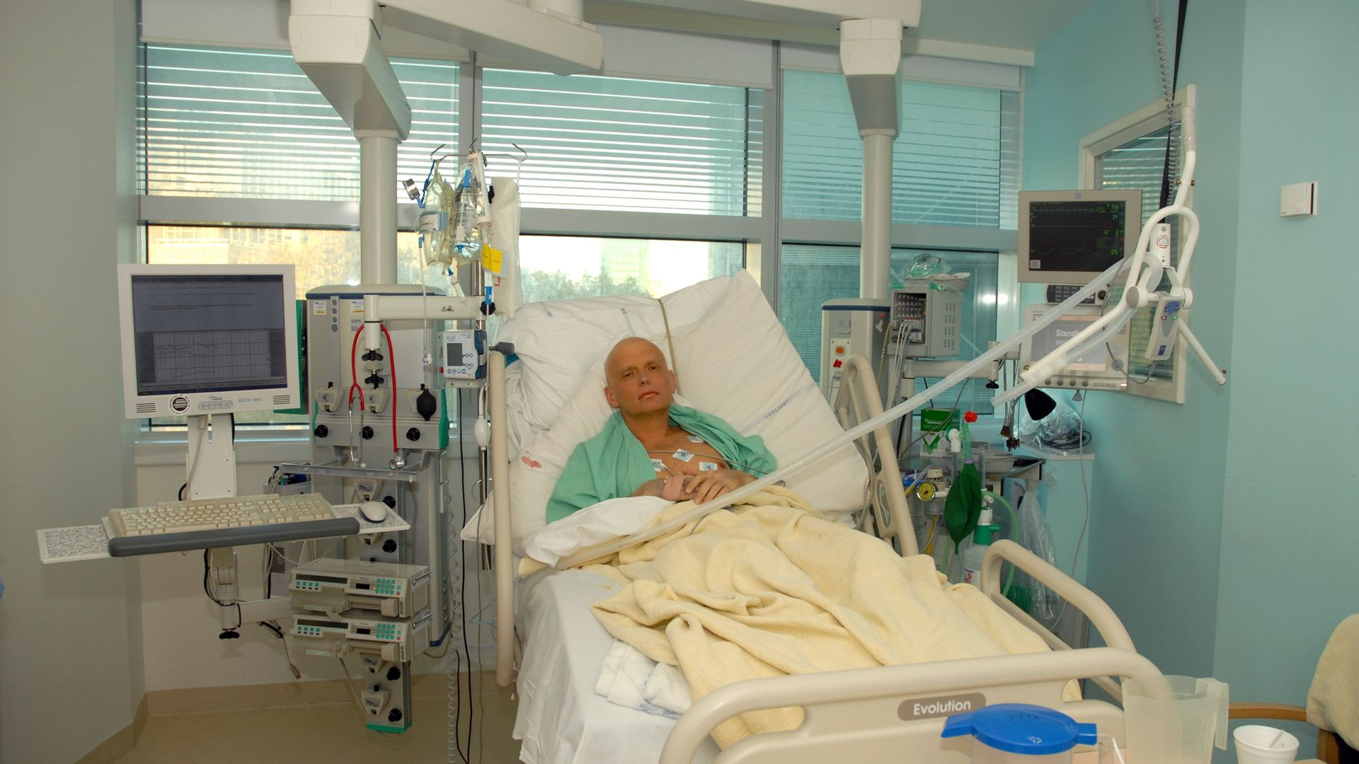 Alexander Litvinenko is pictured at the Intensive Care Unit of University College Hospital on November 20, 2006, three days before his death - Credit: Photo by Natasja Weitsz/Getty Images