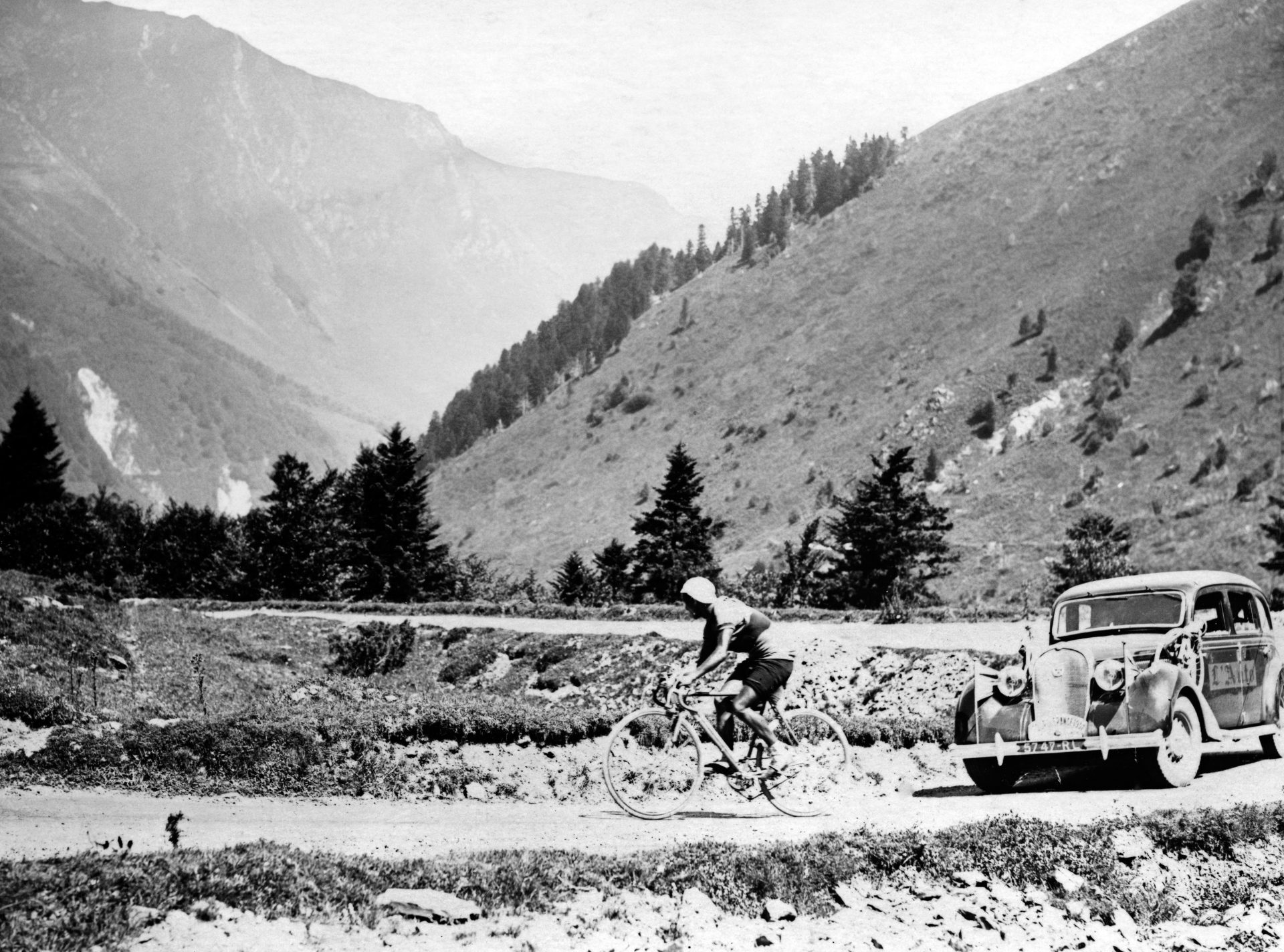 Julián Berrendero climbs the mountain pass of Tourmalet, in the Pyrenees, during the 1937 Tour de France. He returned to Spain two years later and won the Vuelta two years after that Photo: AFP via Getty Images