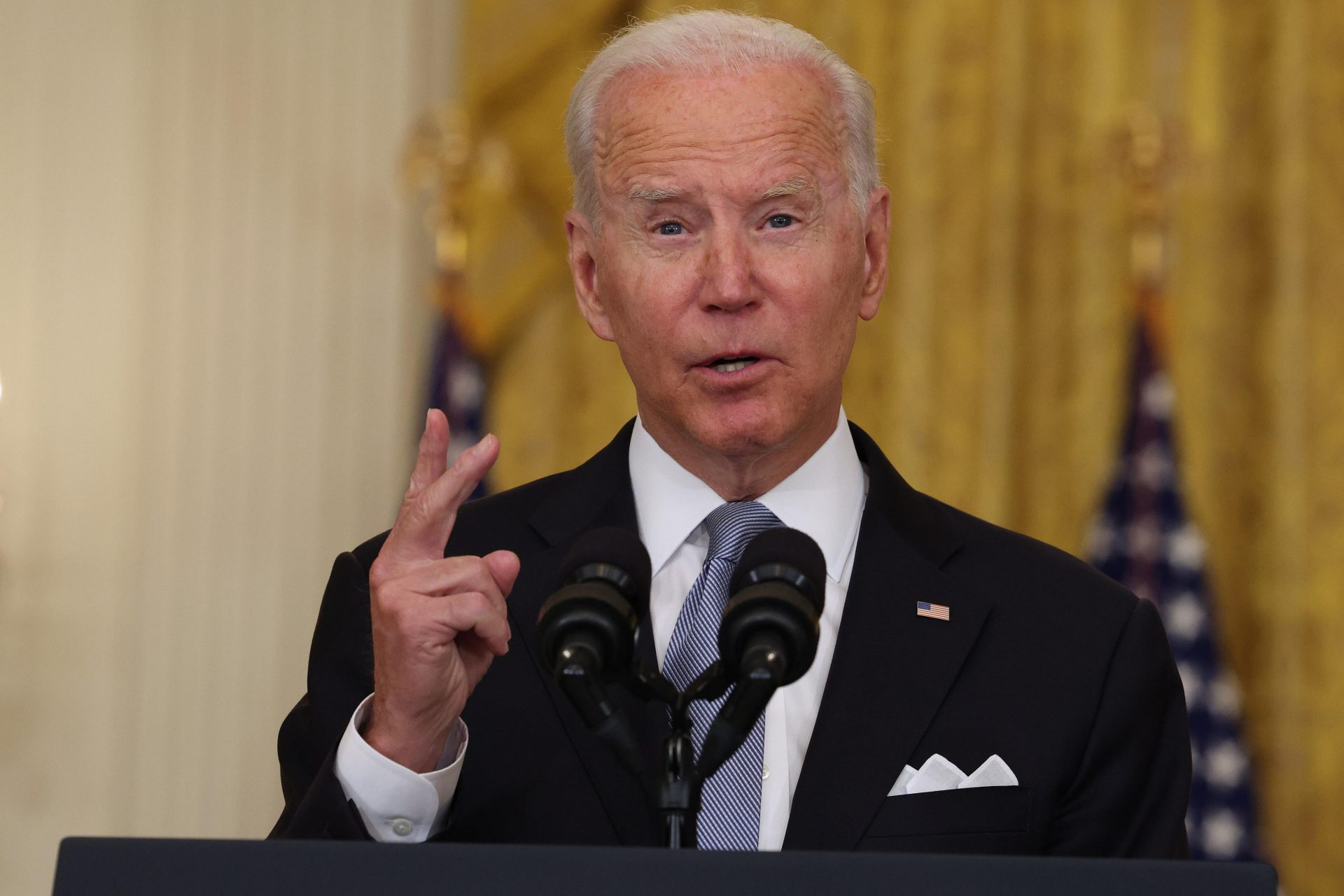 Joe Biden gestures during a White House address in which he defended his decisions in Afghanistan. Photo: Anna Moneymaker/Getty Images