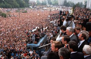 Boris Yeltsin rallies a huge crowd during resistance to the coup. Yet the hope he inspired proved misplaced