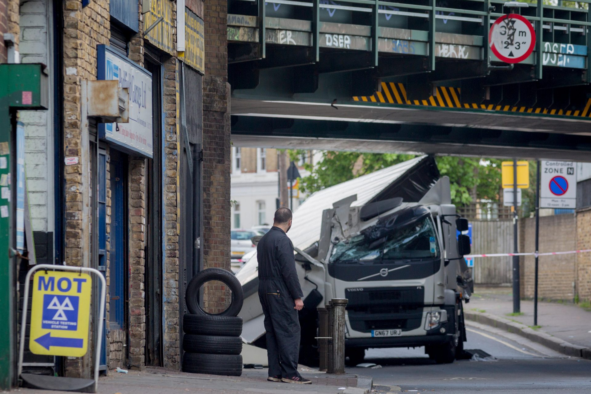 What could possibly go wrong if lorry driver training standards are relaxed? Photo: Richard Baker/In Pictures via Getty Images.