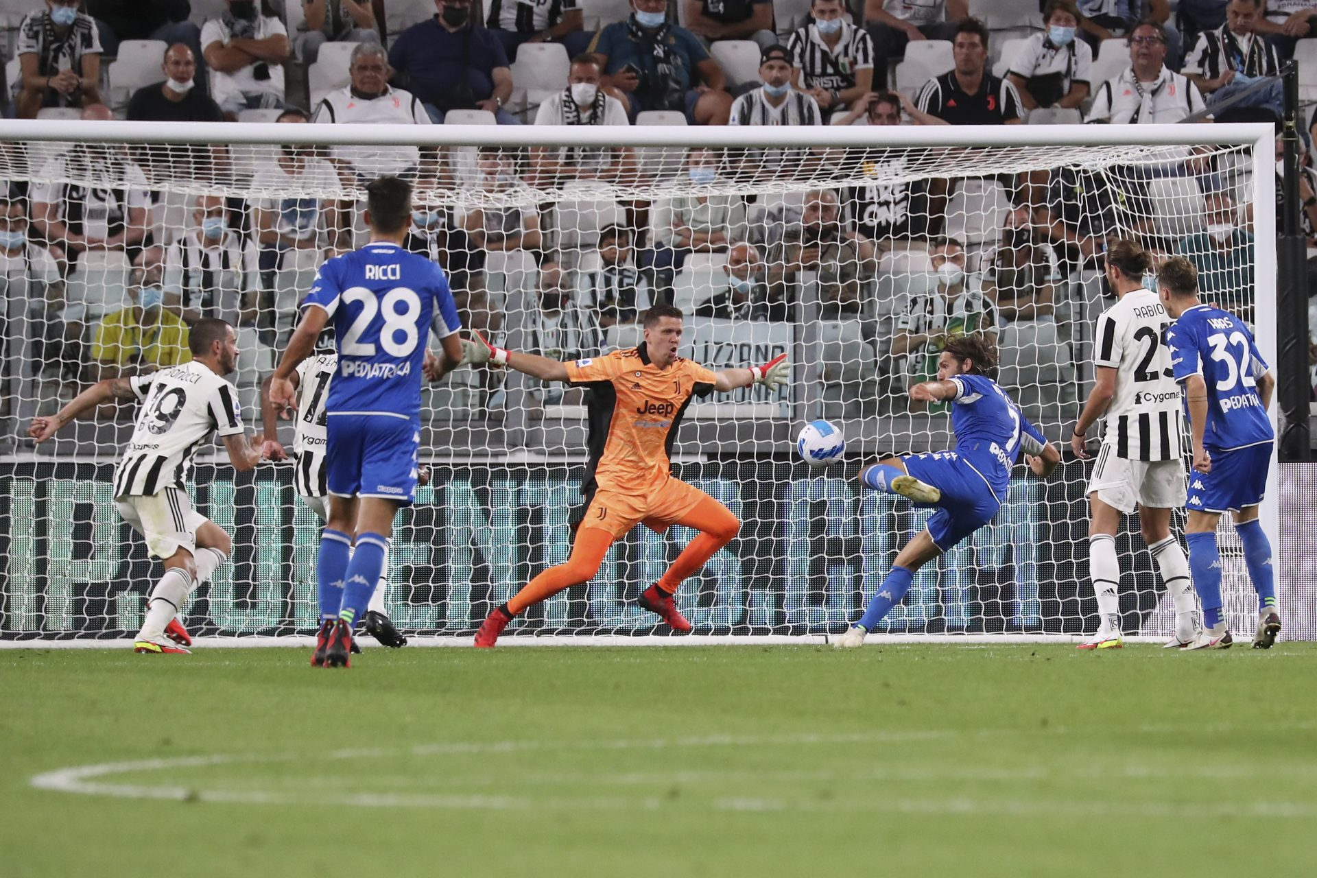 Leonardo Mancuso of Empoli scores the only goal to start Juventus' season off with a home defeat. Credit: Giuseppe Cottini/NurPhoto/Getty